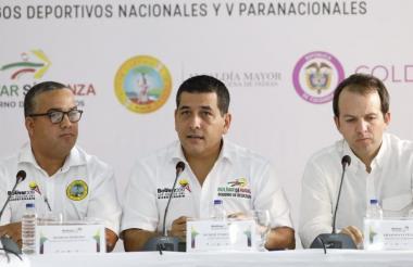 El alcalde Cartagena, Pedrito Pereira; el gobernador de Bolívar, Dumek Turbay, y el Director de Coldeportes, Ernesto Lucena.