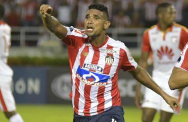 Luis Narváez impone su liderazgo, su carácter y temple en los partidos cruciales del club rojiblanco.