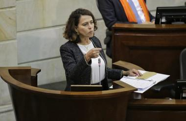 La ministra del Interior Nancy Patricia Gutiérrez.