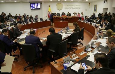 El pasado martes se llevó a cabo en la Comisión Primera de Cámara el debate sobre la Reforma Política.