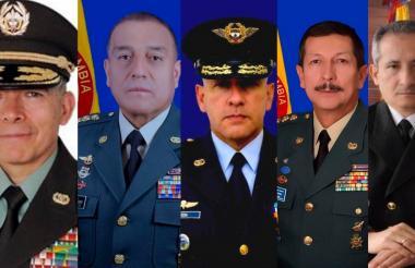 De izq. a der. Gral. Oscar Atehortúa Duque; Gral. Luis Fernando Navarro Jiménez; Gral. Ramsés Rueda Rueda; Gral. Nicacio de Jesús Martínez Espinel; Vicealmirante Evelio Ramírez Gafaro.