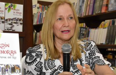 Alba Pérez, escritora barranquillera.
