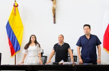 Los diputados Margarita Balén, Lilia Manga y Adalberto Llinás en la sesión de este jueves.