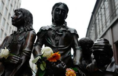 Monumento en Alemania a los niños trasladados.