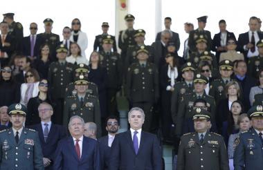 El presidente Duque en la ceremonia de este lunes con las fuerzas militares.