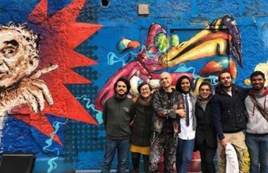 El colectivo de artistas de Lienzo Urbano en Italia.