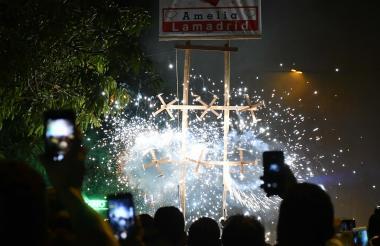 La quema de un castillo durante la celebración de la Virgen de la Inmaculada.