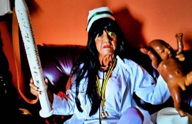 El fallecido Víctor Flores, la enfermera superior.