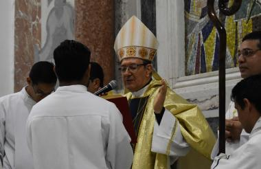El obispo Clavijo en la homilía del  24 de diciembre.