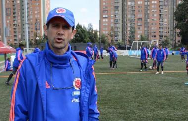 El samario Arturo Reyes, DT de la Selección sub-20.