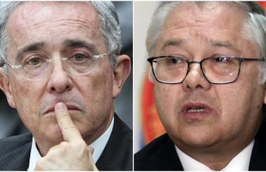 El senador Álvaro Uribe y el presidente de la Corte Suprema, José Luis Barceló.