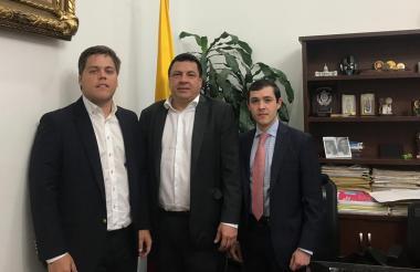Luis Vives, diputado del Magdalena; Miguel Pinto, senador, y Nelson Vives, líder samario.