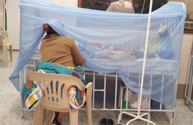En esta fotografía uno de los pacientes que fue trasladado a Barranquilla por su delicado estado.