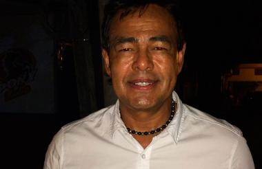 'El Chino' González Scott acompañó ayer a Falcao.