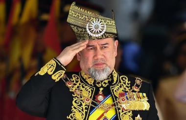 El rey de Malasia, sultán Mohamed V de Kelantan.