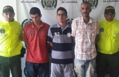 Los tres hermanos capturados por homicidio.