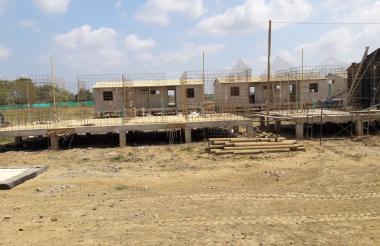 Vista de la construcción de algunas casas en zona inundable en el municipio de Sucre-Sucre.