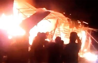 Trascendió que familiares de la víctima habrían incendiado las viviendas de los posibles culpables de la muerte.