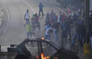 Venezolanos durante una de las protestas.