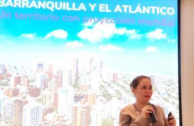 La directora de ProBarranquilla, Ana María Badel, presenta el balance.