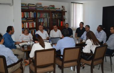 La mesa discutió la situación del Hospital de Montería.