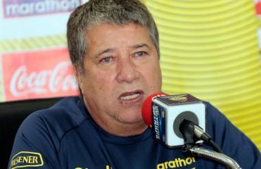 'Bolillo' Gómez dio ayer una rueda de prensa.