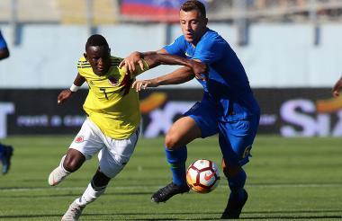 Acción del primer duelo entre Colombia y Brasil en el Sudamericano sub-20 (0-0).