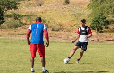 Ricardo Márquez en una práctica con el Unión.