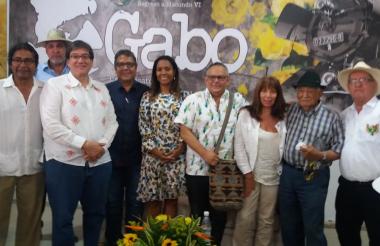 Rafael D. Jiménez, Jaime Abello Banfi, Alberto Salcedo Ramos, la ministra de Cultura, Carmen Vásquez, Ariel Castillo, María J. Duzán y Joaquín Armenta.