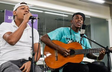 MC Car fue el artista invitado por Young F a las Sesiones EH de EL HERALDO.