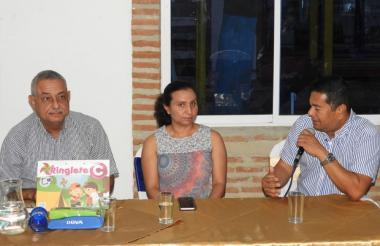 El alcalde de Malambo, Efraín Bello, cuando anunció la implementación de la estrategia.