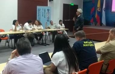 El ministro del Ambiente Ricardo Lozano durante su intervención en el comité de gestión integral para la recuperación de la Ciénaga Grande.
