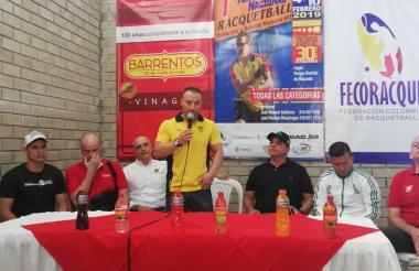 Juan M. Gutiérrez, presidente de la Federación Colombiana de Ráquetbol.