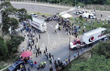 Dos camiones de carga con ayuda humanitaria, ingresan a Norte de Santander.
