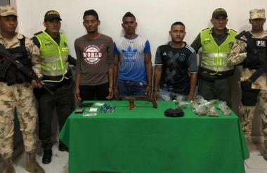 Los hombres fueron identificados como Deivis José llanes Gil, Rainer Ricardo Villalobos Pineda, nacido en Venezuela; y Octavio José Pertuz Araujo.