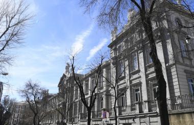 El edificio de la Corte Suprema donde se llevará a cabo hoy el juicio de 12 líderes separatistas catalanes.