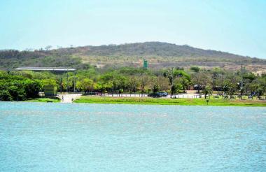 Aspecto del Lago El Cisne, ubicado en el municipio de Puerto Colombia.