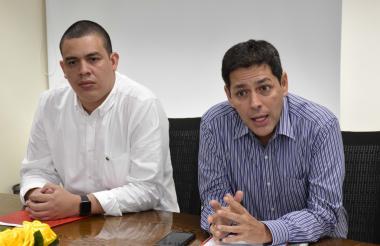 Carlos Martínez y Carlos Zenteno de los Santos.
