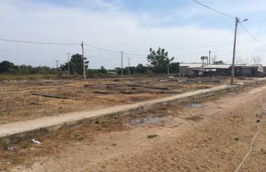 Terreno donde debieron construir las viviendas.