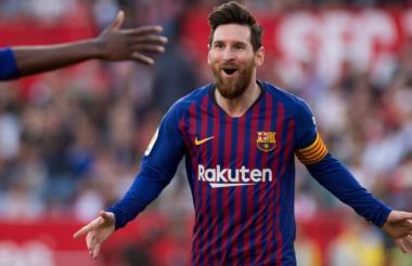 El Barcelona supera al Sevilla con un triplete de Messi