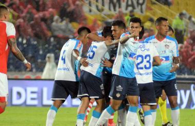 Jugadores del Junior celebrando un gol.
