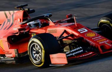 Sebastian Vettel, piloto alemán de la Ferrari, participa en las pruebas para la nueva temporada del Gran Premio de Fórmula Uno.