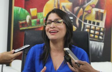 Rosmery Quintero Castro durante la entrega de resultados en las oficinas de Acopi en Barranquilla.