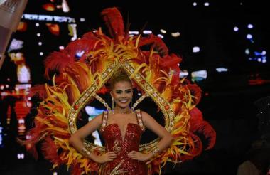 Kelly Restrepo, reina del Carnaval de la 44 este año, coronada oficialmente el pasado nueve de febrero.