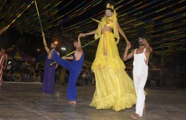 Grupo la semilla del cuerpo, estudiantes de arte dramático de la Uniatlántico.