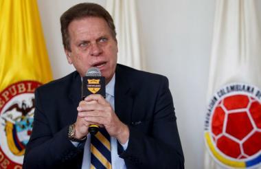 Ramón Jesurun, presidente de la Federación Colombiana de Fútbol, aseguró que sí habrá Liga Femenina.