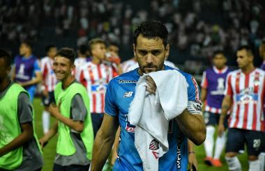 El portero Sebastián Viera al finalizar el juego.