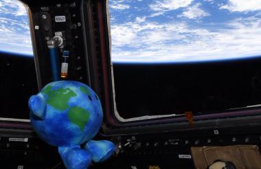 Earth, ha sido recibido como uno más en la Estación Espacial Internacional.