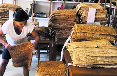 Así luce la producción de tejido en fibra vegetal a punto de ser empacada.