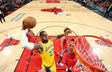 LeBron James, figura de Los Ángeles Lakers.